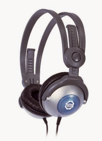 http://www.amazon.com/Kidz-Gear-Wired-Headphones-Kids/dp/B0007NWL70/ref=as_sl_pc_ss_til?tag=sharinkinder-20&linkCode=w01&linkId=H2SBJI56W3VRJXC4&creativeASIN=B0007NWL70